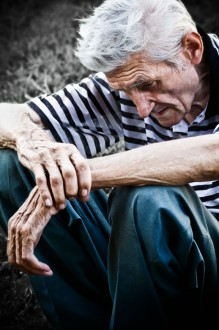 Is your elderly loved one living in a nursing home? If so, make sure you know these common warning signs of nursing home abuse and neglect.