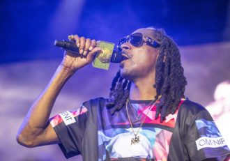 Snoop Dogg Cleared in Suit for Collapsing Stage, Case Cont. | Littleton Personal Injury Lawyer