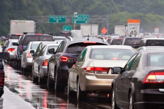 New Study Reveals the Costs of Sitting in Traffic